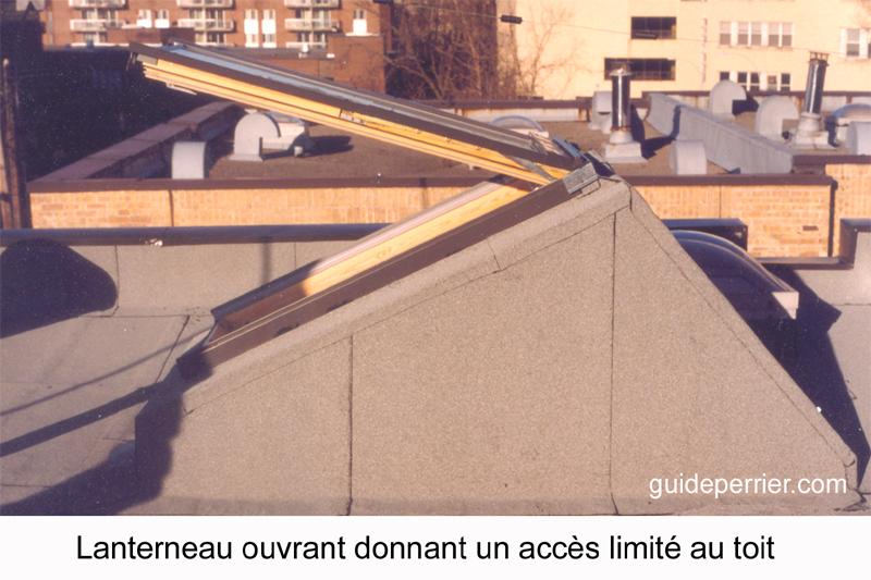 lanterneau ouvrant sur un toit plat acc s aux toits. Black Bedroom Furniture Sets. Home Design Ideas